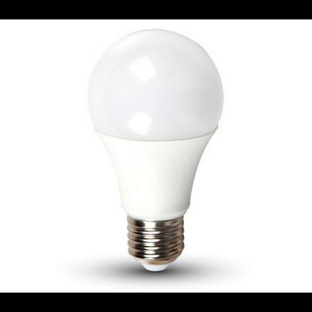 LED žárovka E27 A60 9W