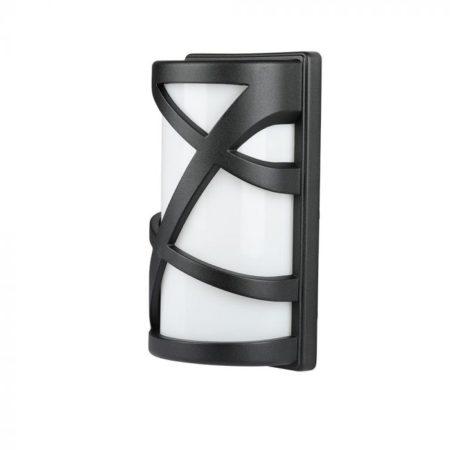 Černá nástěnná lampa na E27 žárovku IP54